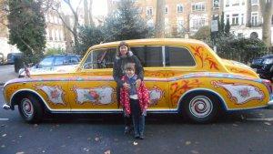 Ирина, дочка и авто.