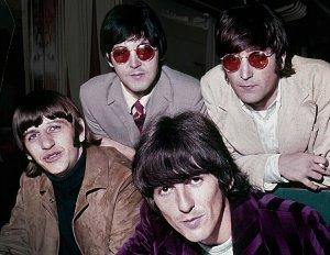 С Днём рождения - Beatles.ru !!!