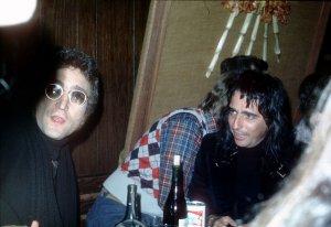 21 ноября 1973, клуб Трубадур, Лос-Анджелес.