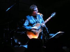 Один из хедлайнеров фестиваля — американский певец и гитарист Ян Бриттен Оуэн с программой Beatles, British Invasion & Beyond.