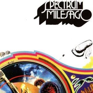 Слушаю сейчас Spectrum - 'Milesago'. Уже более разнообразно и доходчиво. Неплохой альбом, но из тех, что за один раз до донышка не выпить. Тем паче, что двойник...