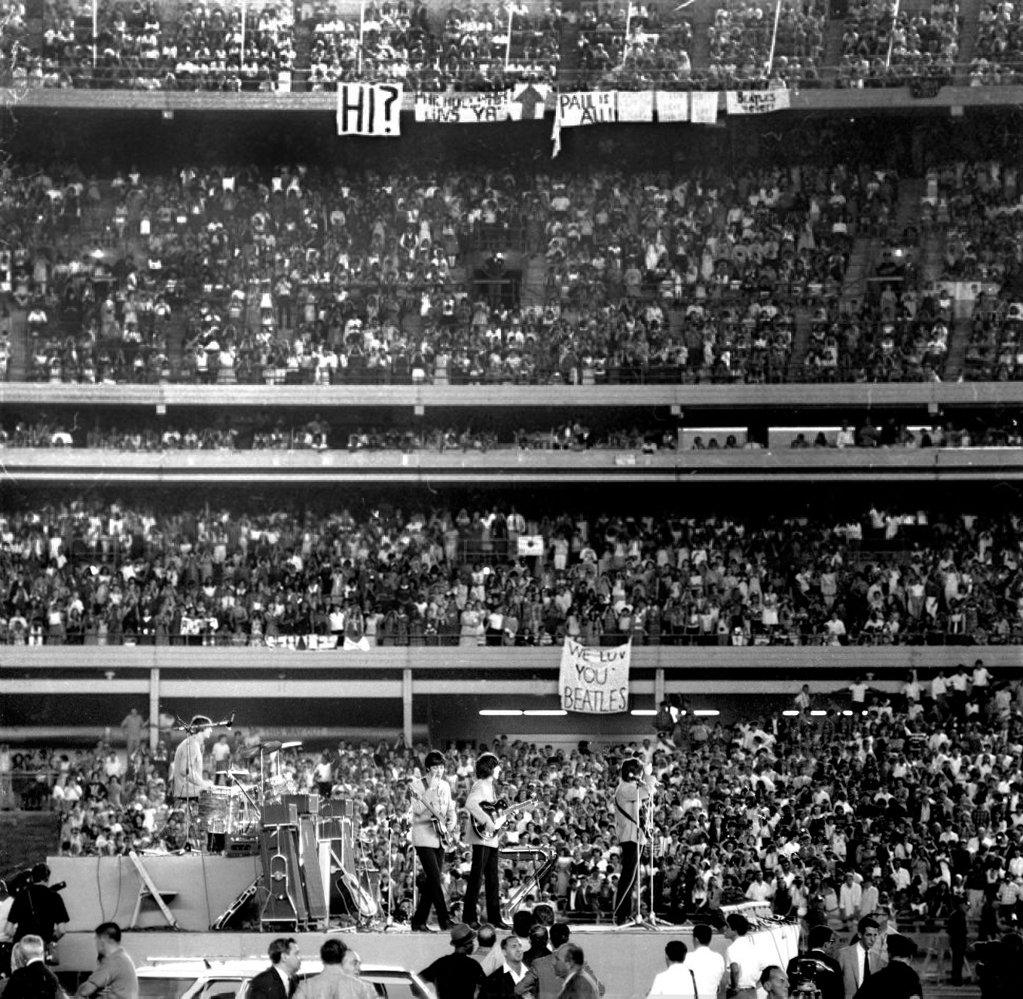 Концерт битлз на стадионе ши