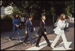 Один из снимков для обложки Abbey Road