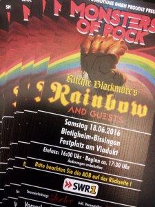 2Drybushchak:  >Гитарист - некто Ритчи Блэкмор. :) У меня  >билет на 18 июня.
