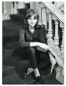 Jane Asher on the set of 'The Saint' (1962)