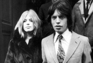 18 декабря 1969, покидая зал суда на Мальборо-стрит в Лондоне