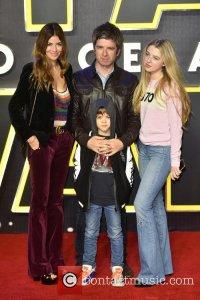 16 декабря на премьере Star Wars: The Force Awakens