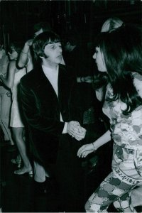 At the discotheque with Ringo Starr.