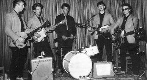 Produzent dieser Aufnahmen war Bert Kaempfert. Auf der Suche nach einer Begleitband für seinen Sänger Tony Sheridan griff er sich eine Gruppe, die aus Liverpool nach Hamburg gekommen war, um sich dort der Zerreißprobe zu steilen: John Lennon, Paul McCartney, George Harrison und (am Schlagzeug als Vorgänger von Ringo Starr) Pete Best. Der Fünfte im Bunde, der Gitarrist Stu Sutcliffe, war kurz zuvor am Gehirntumor gestorben.
