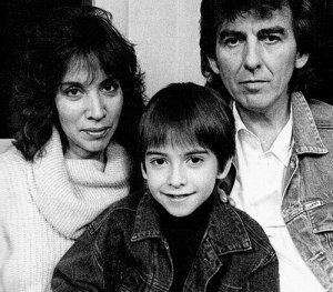 Джордж, Оливия и Дхани