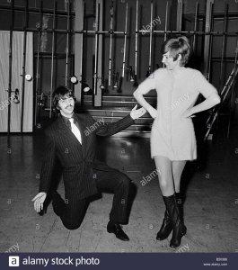 1968 BBC TV Theatre Ринго и Силла Блэк, кажется, что-то уже отсюда было