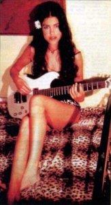 падчерица Франческа Грегорини (Francesca Gregorini), дочь Барбары Бах родилась 07/08/1968