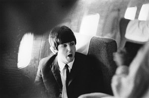 13 августа 1965 -  На борту самолёта. Перелёт из Лондона в Нью-Йорк