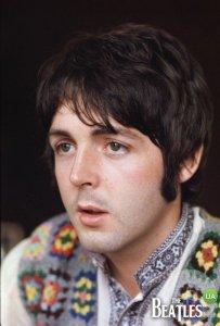 А ведь когда-то Полу было тоже 25 и выглядел он получше чем его спутник на снимке.