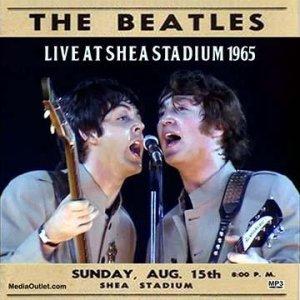 15 августа 1965 Концерт Битлз на стадионе Shea, Нью-Йорк.