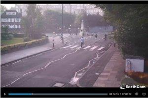 ...А веб-камера все заснимет с обратной стороны (спасибо за фото Артему Beatlesfan-у)