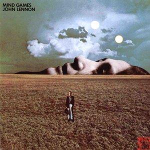 Кстати обложка альбома Галлахера подозрительно напоминает обложку Леннона Mind Games