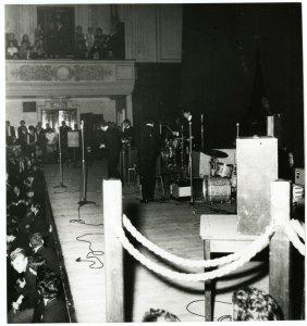 7 октября 1963 Концерт Битлз: Caird Hall, Данди, Шотландия