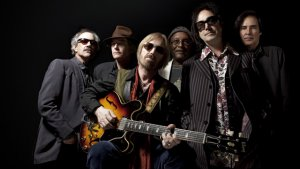 Tom Petty And The Heartbreakers Go Heavy On The Hits In Nashville