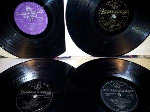 Редкие издания альбомов The Beatles на виниле и CD.