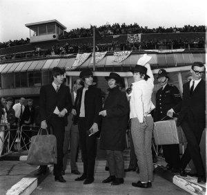 4 июля 1965 Вернулись в Лондон