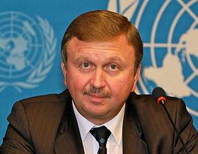 Вот этот ....ну просто печати некуда ставить...Беларусский Премьер...