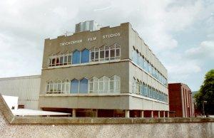 1969.01.02 (11:00 - 19:00) Twickenham Film Studio, продюсер Джордж Мартин, звукоинженер Глин Джонс