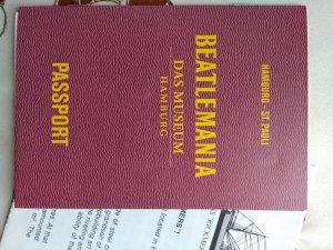 Вот как выглядит паспорт из музея Битломания.Был там за месяц до закрытия.