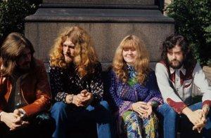 Джон Бонэм, Роберт Плант, Сэнди Денни и Джимми Пейдж, 1970 год, Лондон, Великобритания