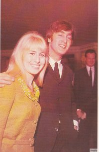 23 апреля 1964: Джон Леннон принял участие в обеде литературной премии Фойла