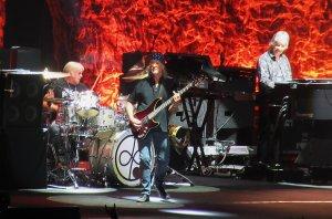 Шел вчера на концерт Deep Purple ничего особенно не ожидая. И был приятно удивлен, группа отработала на пределе.