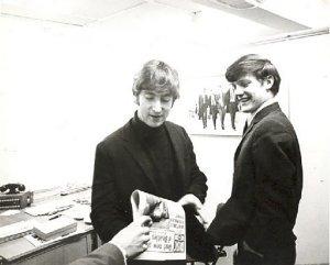 1963.12.04 – London. 13 Monmouth Street.