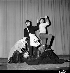 Декабрь 1963, London. Astoria Cinema. Christmas Show