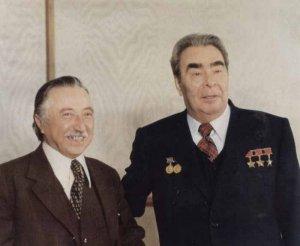Когда-то давным-давно (ещё при совестской власти) генеральный секретарь