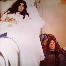 1969 год - год экспериментов. В этом году Леннон выпустил целых три альбома с некоммерческой музыкой. Его второй сольный альбом вышел в один день с пластинкой Джорджа Харрисона Electronic Sound и назывался Unfinished Music No.2: Life with the Lions. Как и альбом Харрисона, диск Леннона вышел на лейбле Zapple.