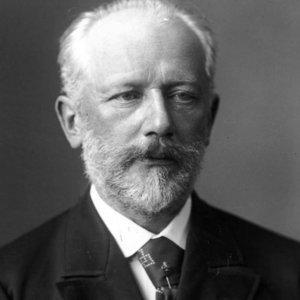 В018) PAS DE DEUX (P. Tchaikovsky)