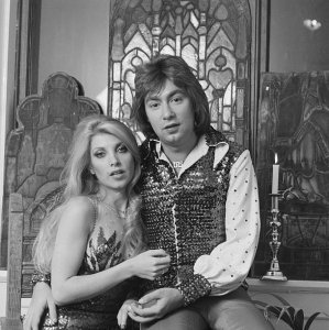 English singer-songwriters Lynsey de Paul (1948 - 2014) and Barry Blue