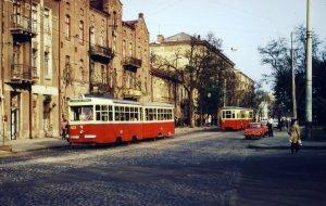 Вот, двадцать восьмой на Старопортофранковской, перед Тираспольской