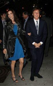 21 октября 2011 Пол и Нэнси организовывают вечеринку в нью-йоркской гостинице Боуэри.