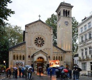 Это православная церковь в Британии? Что-то не похожа на православную.