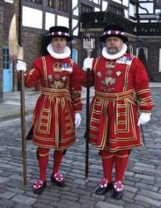 Бифи́теры (англ. Beefeater от beef «говядина» + eater «едок») — неофициальное название церемониальных стражей лондонского Тауэра. Официальным английским названием является Yeomen Warders («Йоменская Стража»).