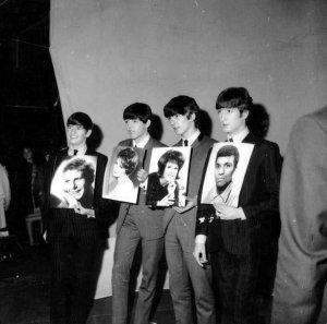 7 декабря 1963:  Телепрограмма: Juke Box Jury