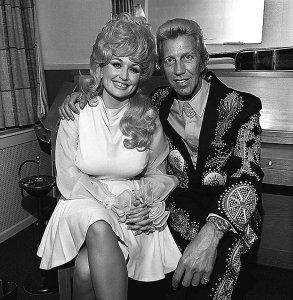 * Dolly Parton & Porter Wagoner.