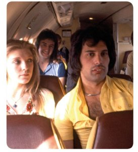 """BELOVED FREDDIE MERCURY RECEIVED MORE THAN $50 MILLION FOR """"BOHEMIAN RHAPSODY"""" She paid 51.4 million dollars !"""