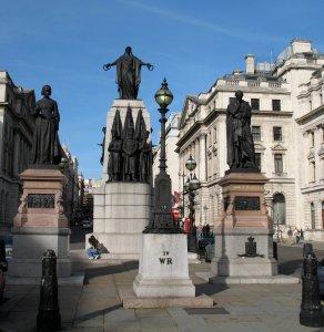 Мемориал, посвященный Крымской войне, в центре Лондона