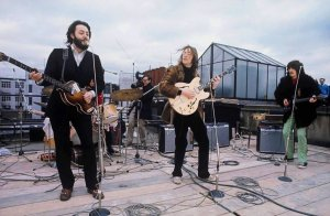 ПРОЕКТ НОВОГО ФИЛЬМА: Объявление о захватывающем новом сотрудничестве между The Beatles и признанным лауреатом премии Оскар Сэром Питером Джексоном!