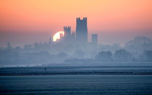 Ely Cathedral, Cambridgeshire by Andrew Sharpe