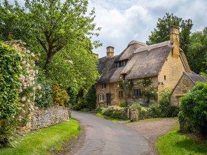 Cottages in Stanton, Cotswolds by Bob Radlinski