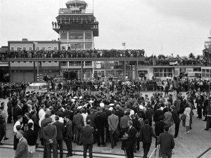 1964.07.10 -  Liverpool. Speke Airport