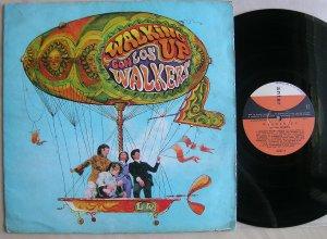 LP Los Walkers - Walking Up Con Los Walkers ( Music Hall, 1968, Arg). Я уже рассказывал о первом альбоме этой группы (стр.1), вне всяких сомнений, на появление третьего и заключительного, повлияло появление эпохального Сержанта...', давшего колоссальный толчок в развитии новых направлений! Наверное в каждой стране музыкантам захотелось создать свой ответ более знаменитым товарищам и эта аргентинская группа не осталась в стороне.